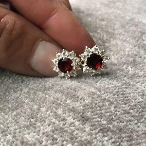 Jewelry - Stunning garnet earrings 2.00ctw